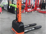 Self loading stacker